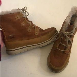 Chestnut Sorel winter boots